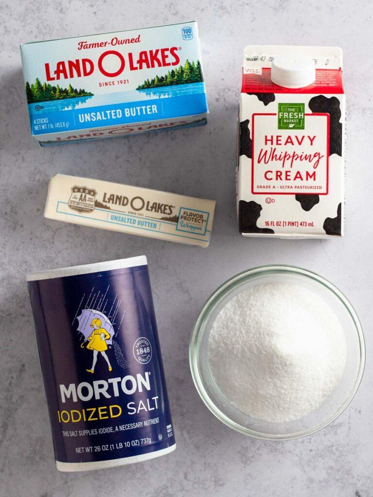 Ingredients needed to make homemade caramel sauce.