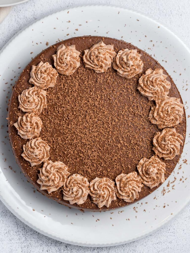 the whole chocolate cheesecake on a plate