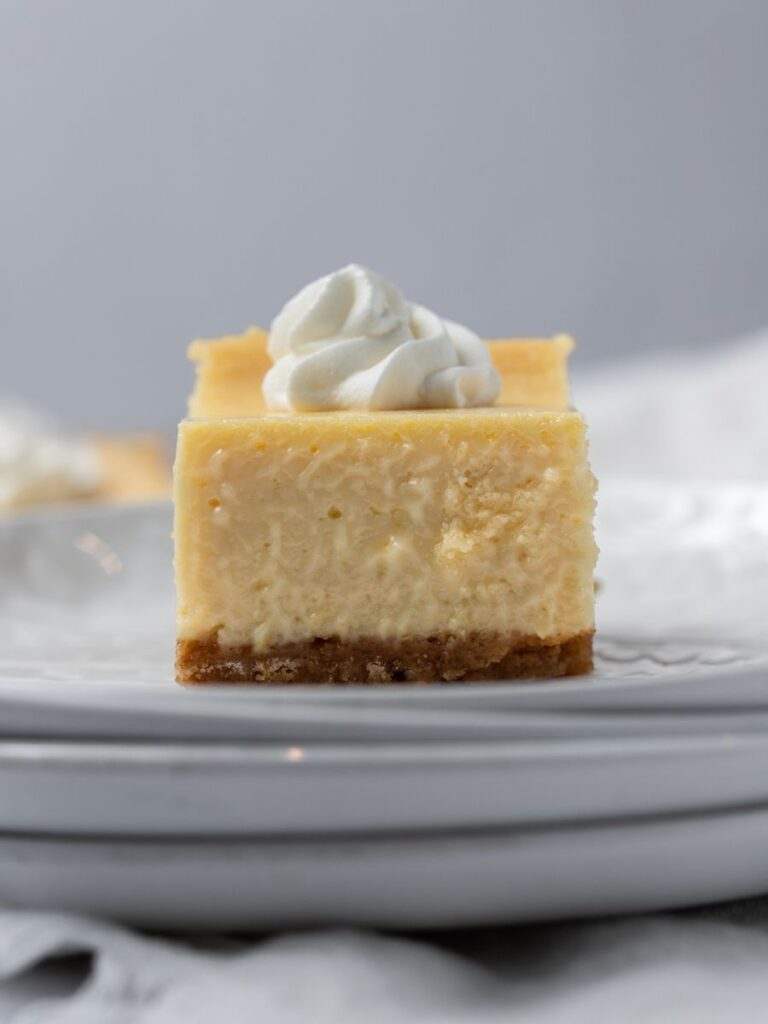 up close view of the lemon bar