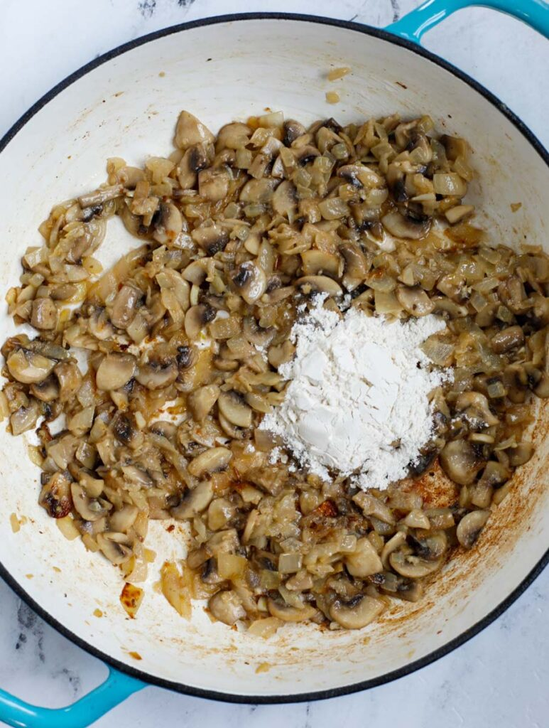 sautéed mushroom with flour