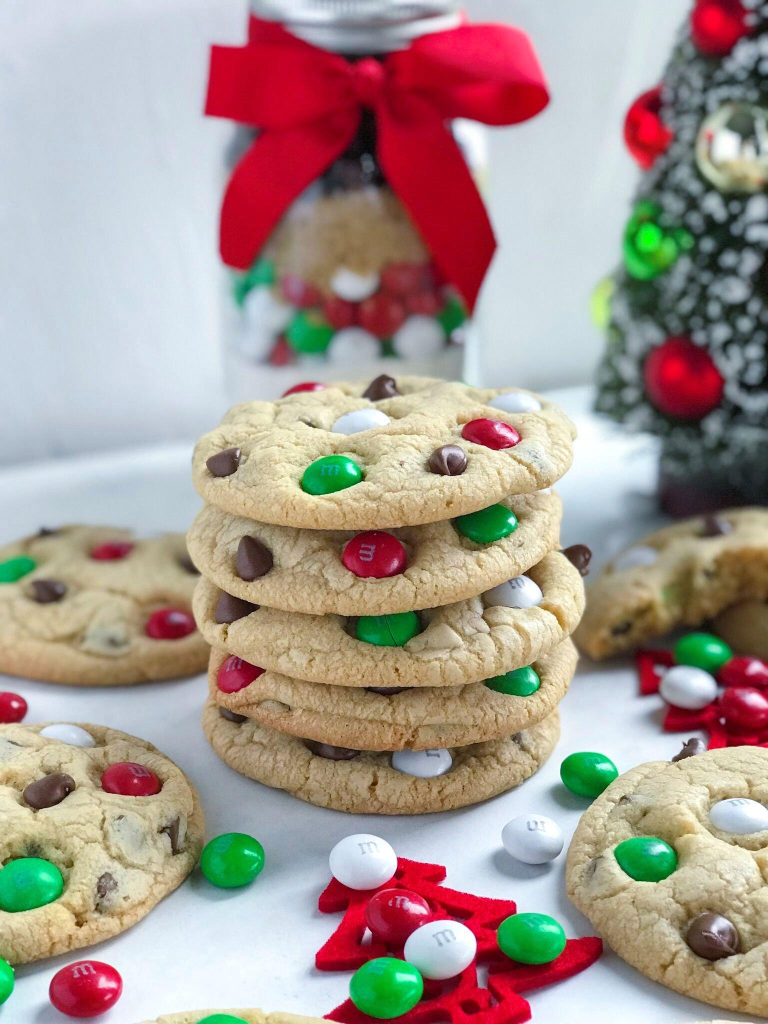 Santa's M&M Cookies recipe