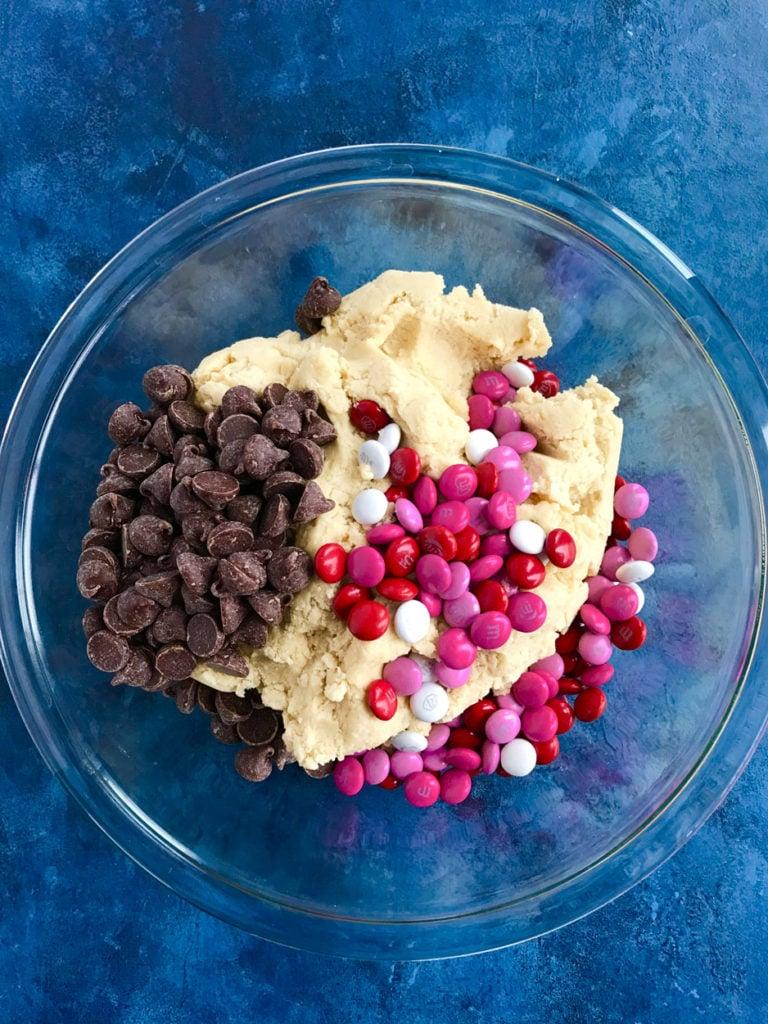 Valetine's M&M Chocolate Chip Cookie Bars