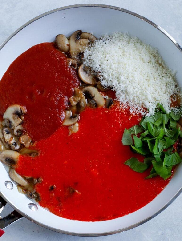 red pepper pasta sauce in pan