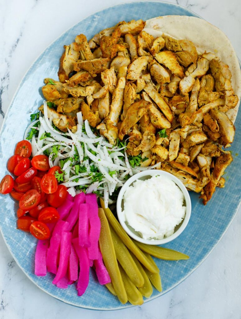 A platter of shawarma to be served.