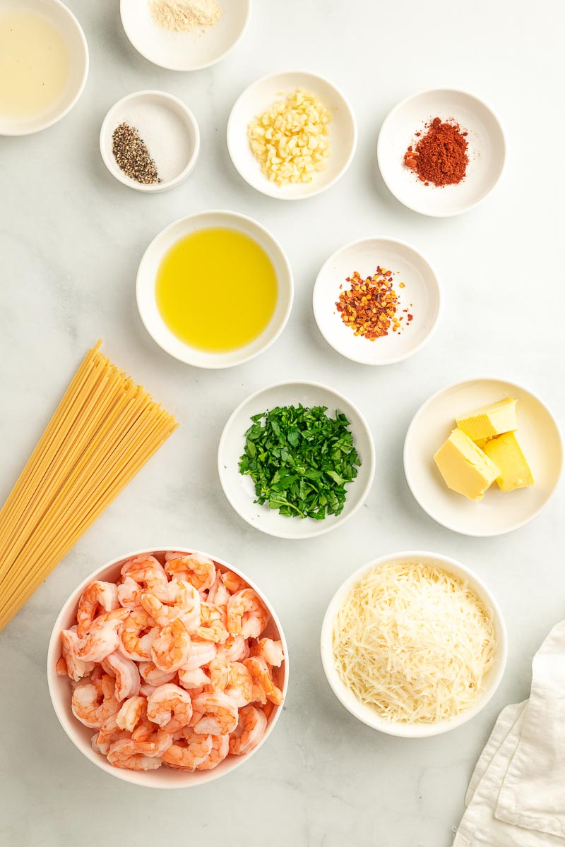 garlic shrimp spaghetti ingredients laid out