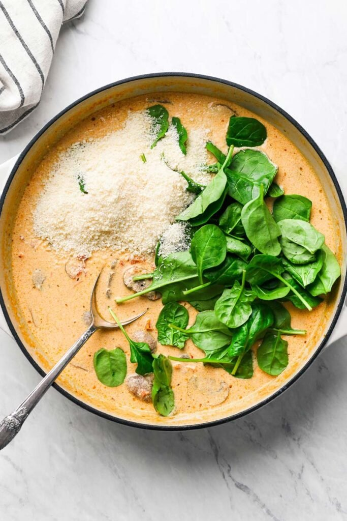 spinach parmesan in creamy mushroom sauce