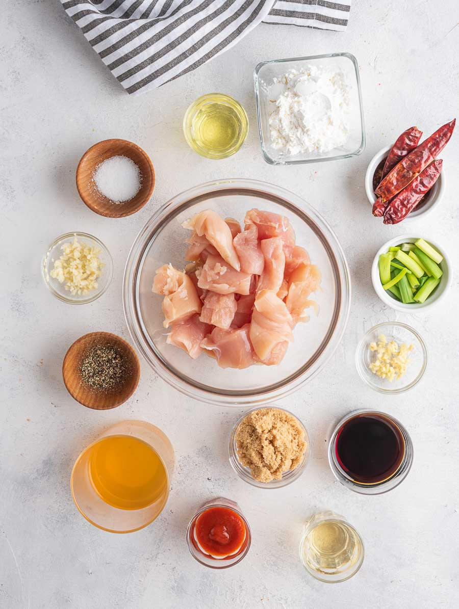 ingredients of the mongolian chicken laid out