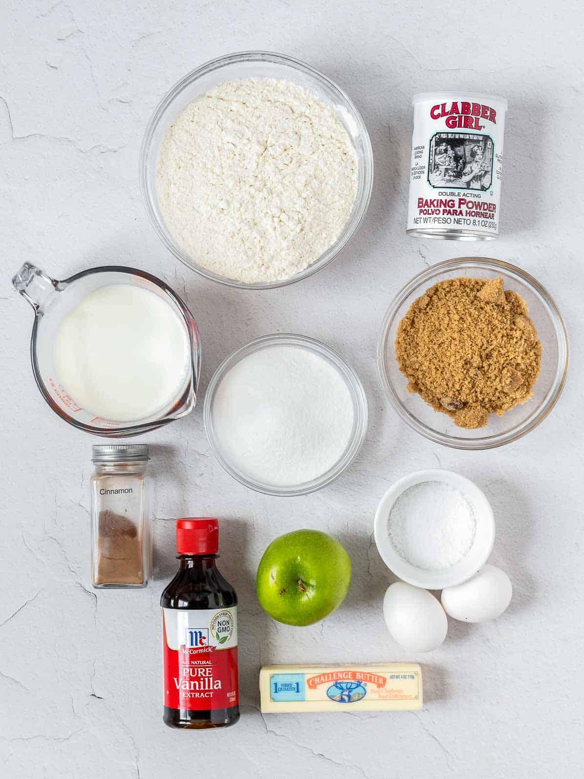 ingredients of apple crumb cake.